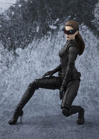 Figurine S.h Figuarts - The Dark Knight - Catwoman