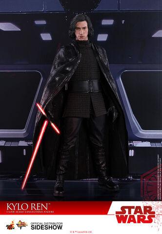 Figurine Hot Toys - Star Wars Masterpiece - Kylo Ren 33 cm