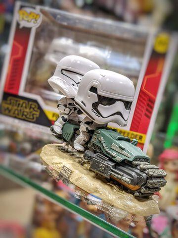 Figurine Funko Pop! Moment N°320 - Star Wars 9 - First Order Tread Speeder