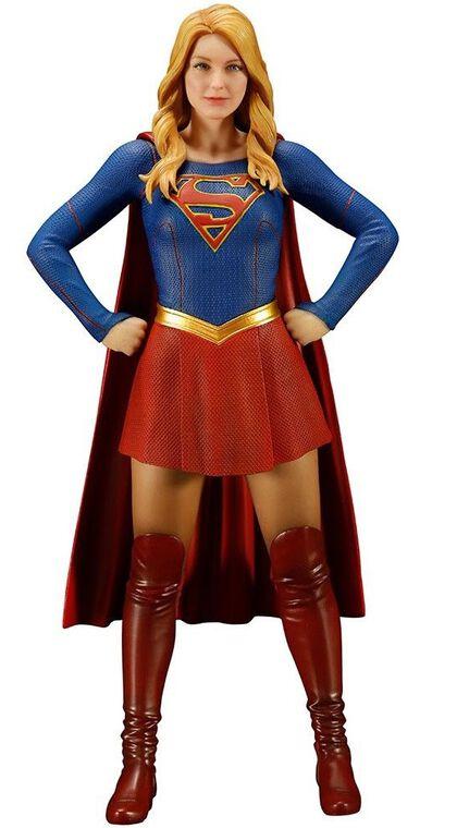 Statuette Kotobukiya - Supergirl 17 cm
