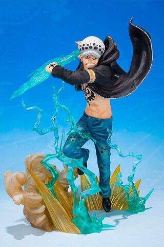 Statuette Figuarts Zero - One Piece - Trafalgar Law Gamma Knife