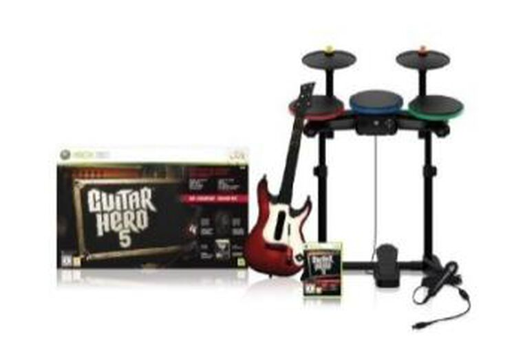 Guitar Hero 5 Super Bundle