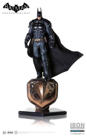 Statuette Iron Studios - Batman - Batman Deluxe Arkham Knight - 1/10