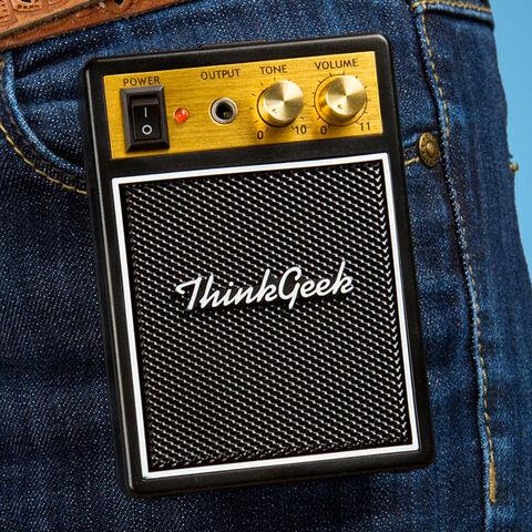 T-shirt - Thinkgeek Guitare Electrique Taille M (exclu Gs)