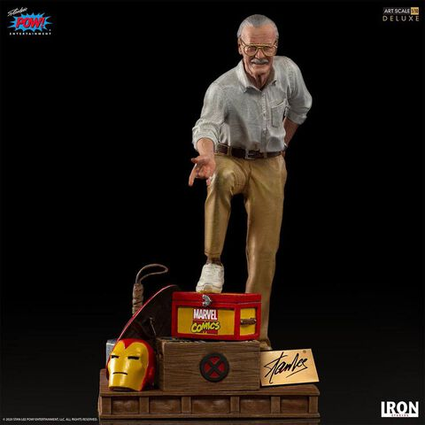 Statuette Iron Studios - Stan Lee 1/10 Version Deluxe Art Scale