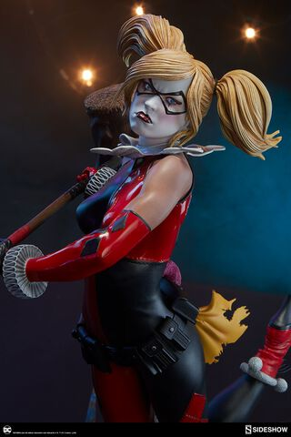 Statuette Sideshow - DC Comics - Premium Harley Quinn 51 cm