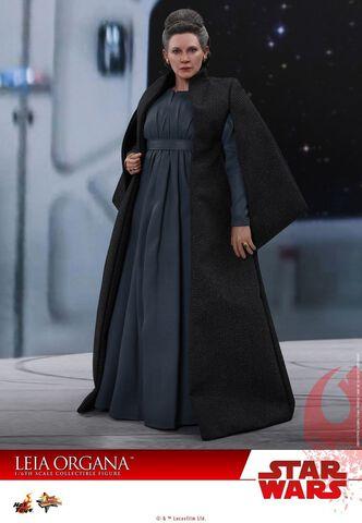 Figurine Hot Toys - Star Wars Episode VIII - Leia Organa 1/6