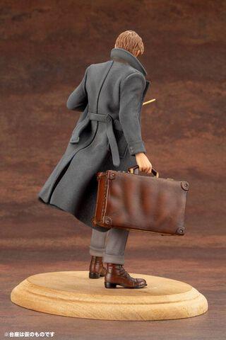 Statuette Kotobukiya - Les Animaux Fantastiques 2 - Newt Scamander 18 Cm