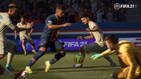 DUALSHOCK 4 + FIFA 21 + Voucher FUT + PlayStation Plus 14 jours