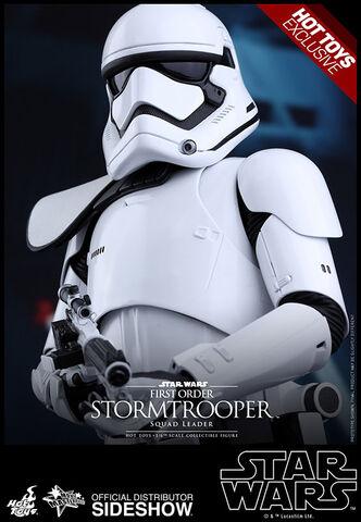 Figurine - Star Wars Episode VII - Mms 1:6e - First Order Stormtrooper Squad