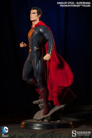 Statuette - Man Of Steel - Premium Format Superman 55 Cm