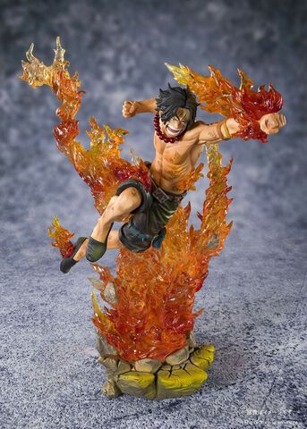 Figurine Figuarts Zero - One Piece - Portgas D.ace 2nd Division Commander