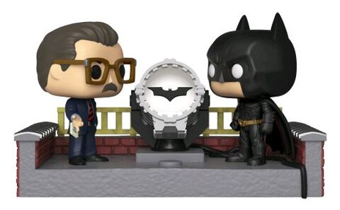 Figurine Funko Pop! - Batman 80th - Batman Avec Lumière Bat Signal