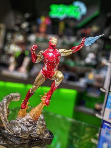 Statuette Diorama Diamond Select Gallery - Avengers Endgame - Iron Man Mk85 23 cm
