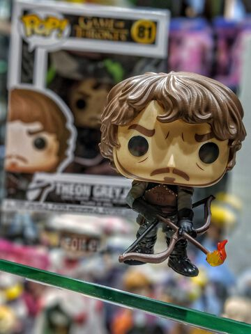 Figurine Funko Pop! N°81 - Game of Thrones - Theon avec flèches de feu