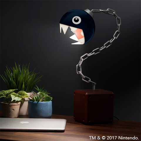 Lampe de bureau - Nintendo - Chomp enchaîné
