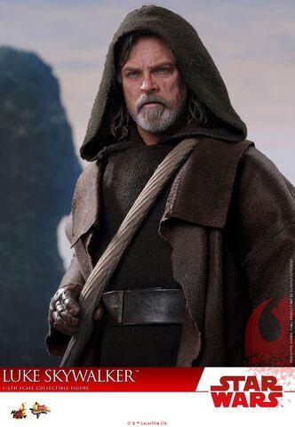 Figurine Hot Toys - Star Wars Episode VIII - Luke Skywalker 1/6