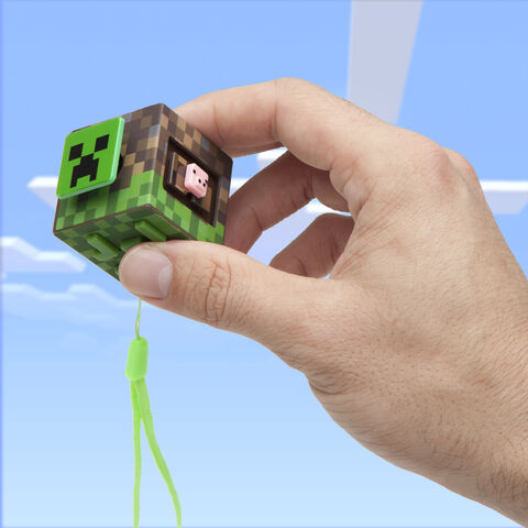 Cube - Minecraft - Fidget Bloc d'herbes - Exclusif Micromania - GameStop
