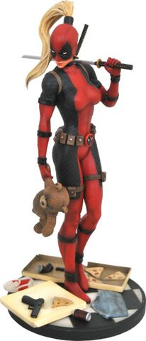 Statuette Diamond Select - Deadpool - Lady Deadpool 30 cm