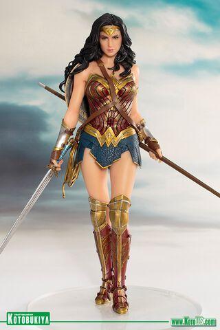Statuette Kotobukiya - Justice League Movie - Wonder Woman Artfx   St