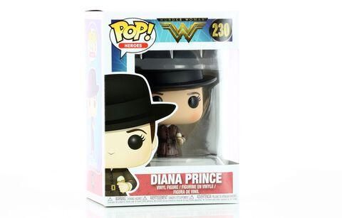 Figurine Toy Pop N°230 - Wonder Woman S2 - Diana Prince avec une glace
