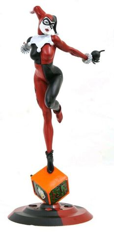 Statuette Diamond Select - Dc Comic - Harley Quinn Exclusive 23 Cm