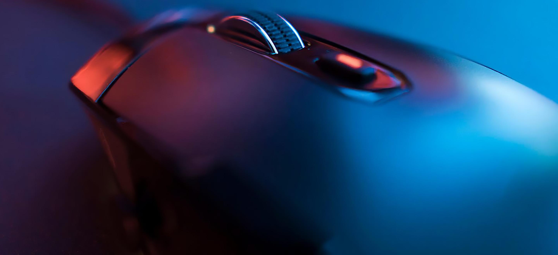 Lexip Pu94 : la souris qui se prend pour un joystick